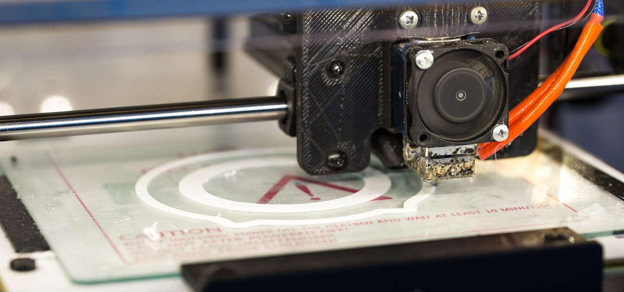 """""""Niewidzialne"""" włókna - drukarka 3D"""
